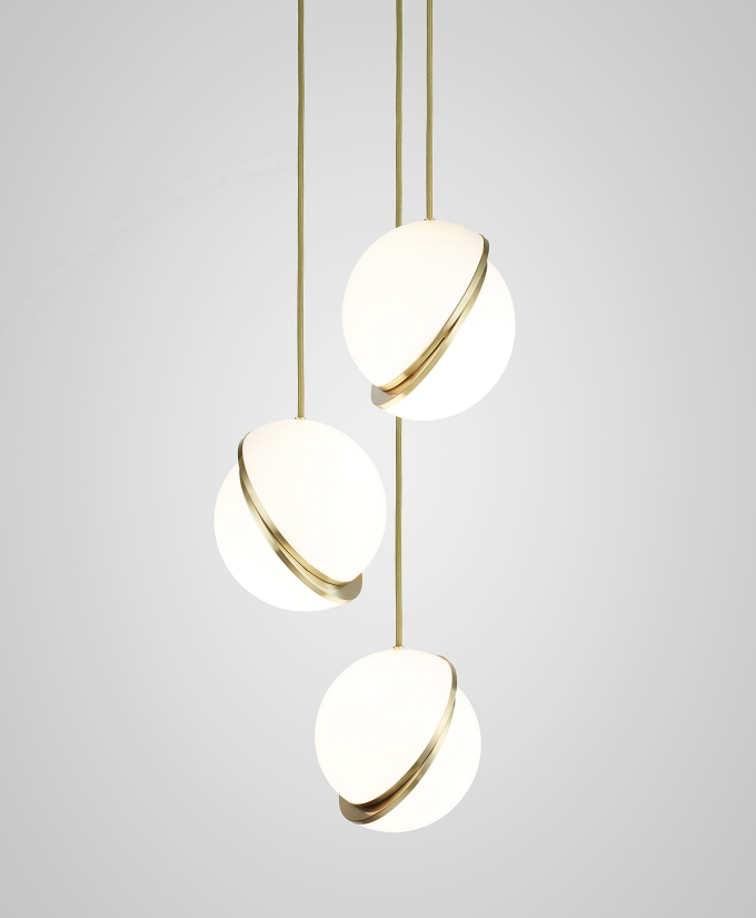 Mini Crescent Chandelier | alvaluz.com