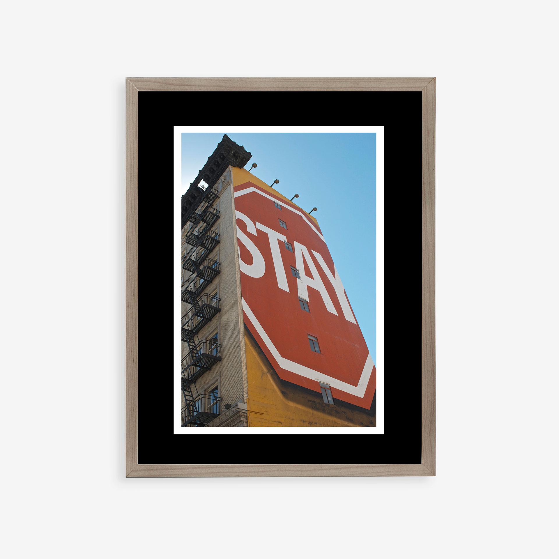 Stay by Sebastián Lara | alvaluz.com