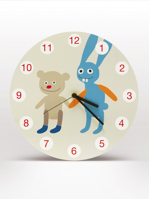 detske-hodiny-se-zajickem-a-medvidkem