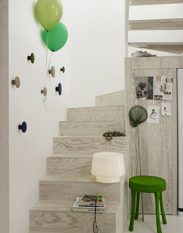 dots stairway