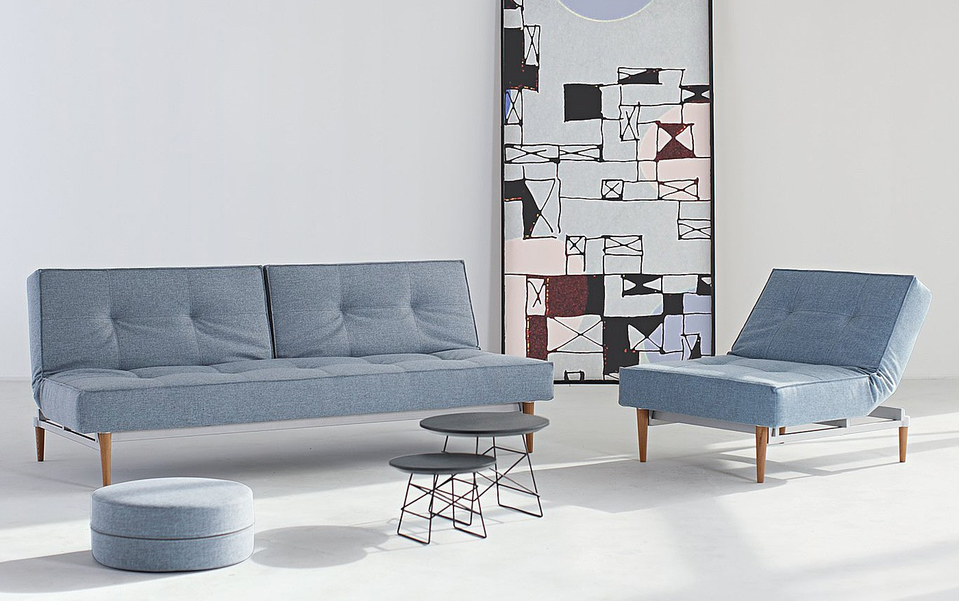 innovation-splitback-sofa-chair-blaugrau-525-showroom