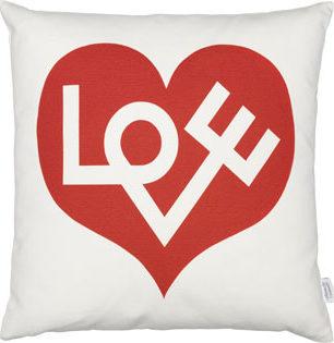 Graphic Print Pillows - Love | alvaluz.com