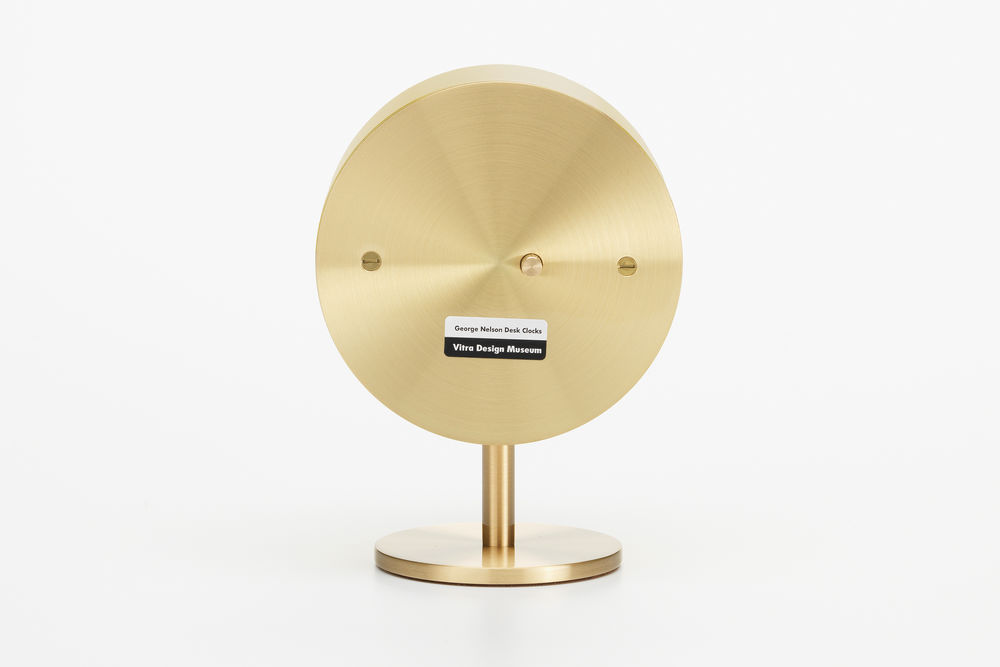 Vitra Desk Clocks - Night Clock | alvaluz.com
