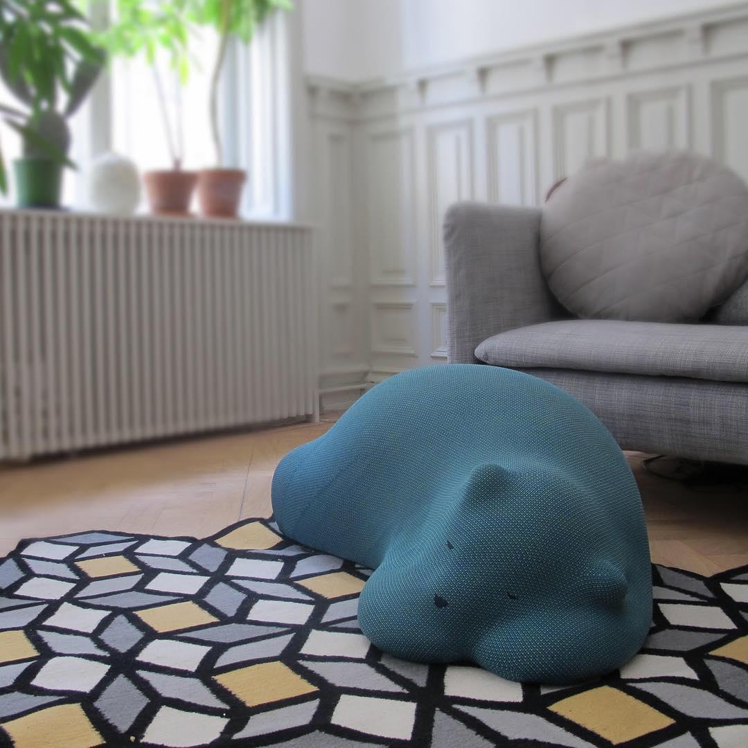 Resting Bear | alvaluz.com