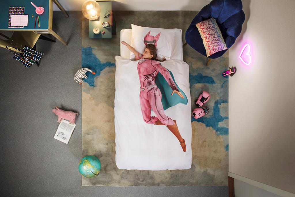 Superhero pink duvet cover | alvaluz.com